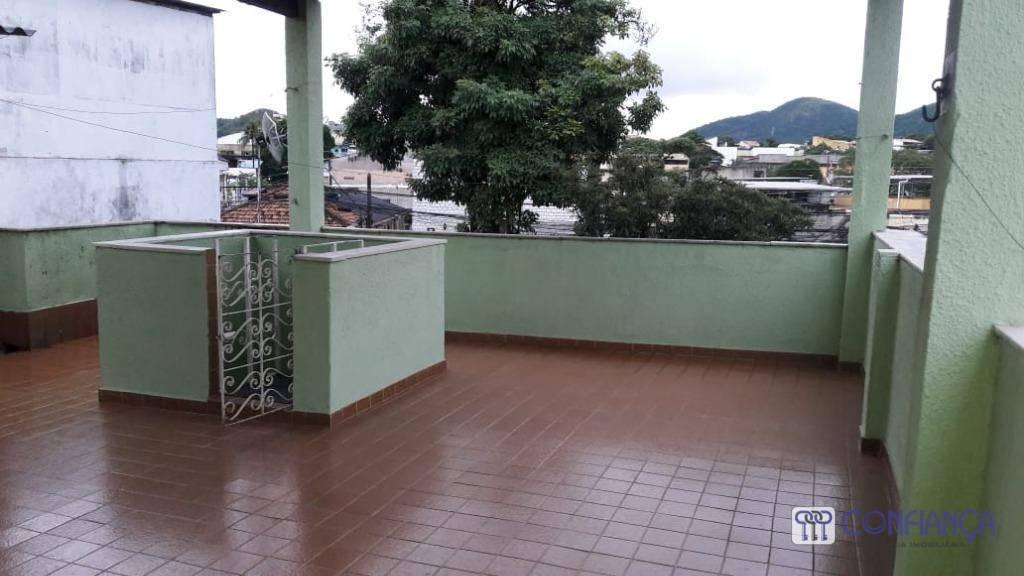Casa com 03 dormitórios  e terraço - Bento Ribeiro - Rio de Janeiro/RJ