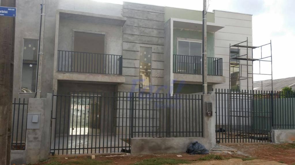 Sobrado residencial à venda, Uvaranas, Ponta Grossa.