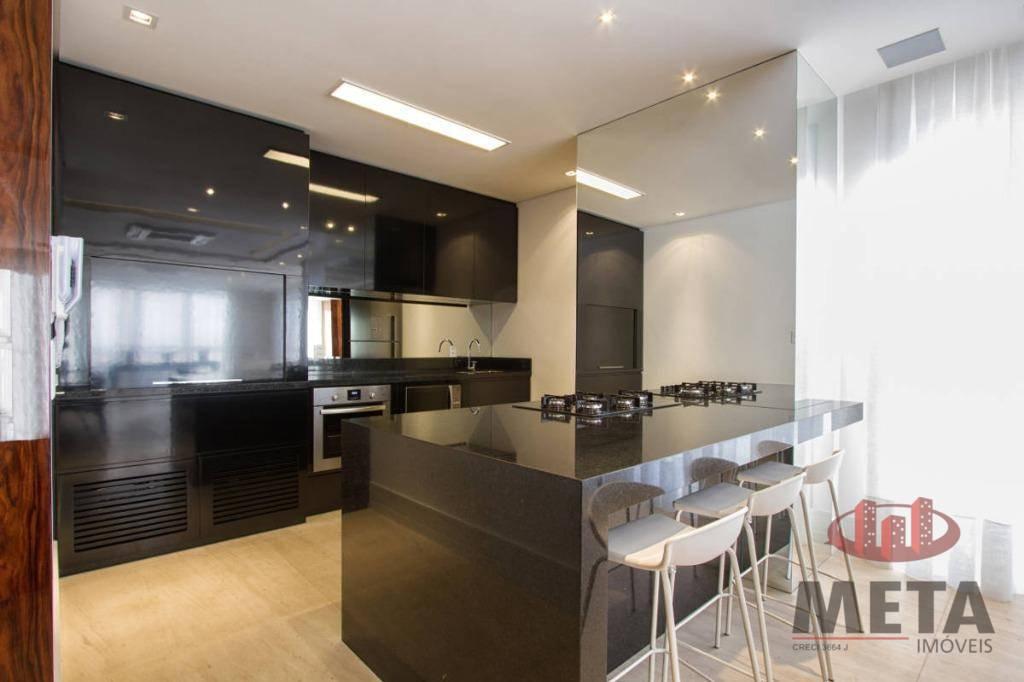 Apartamento com 4 Dormitórios à venda, 254 m² por R$ 2.720.417,29