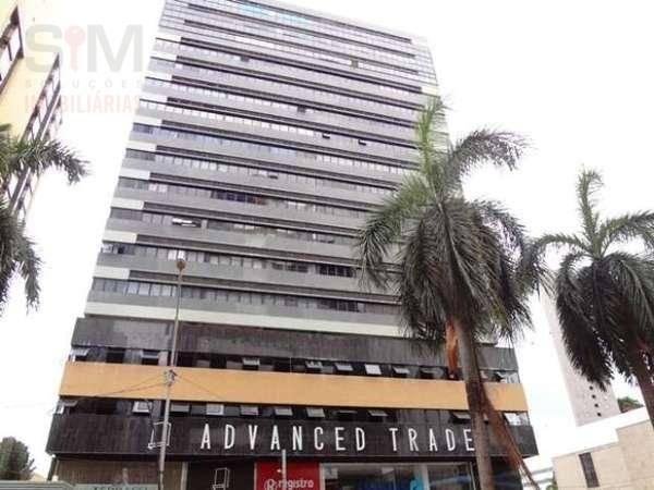 Sala para alugar no Ed. Advanced Trade, 30 m², banheiro privativo, andar alto por R$ 1.100/mês - Avenida Tancredo Neves - Salvador/BA
