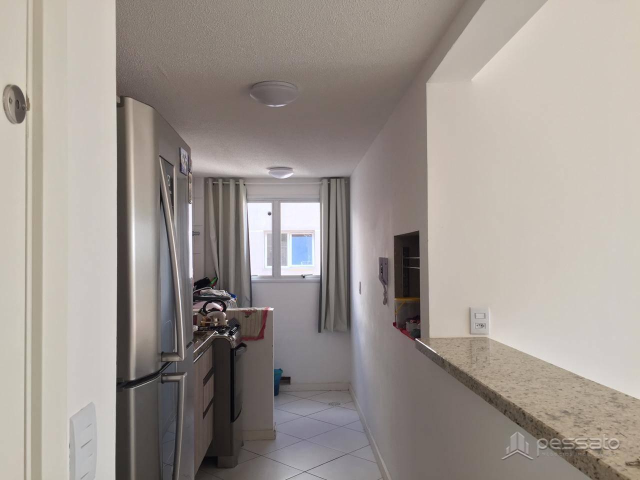 apartamento 2 dormitórios em Cachoeirinha, no bairro Vila Parque Brasília