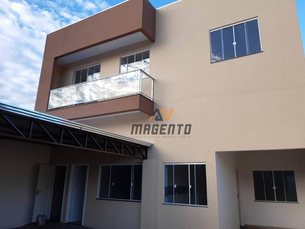 Apartamento com 2 dormitórios à venda, 60 m² por R$ 170.000