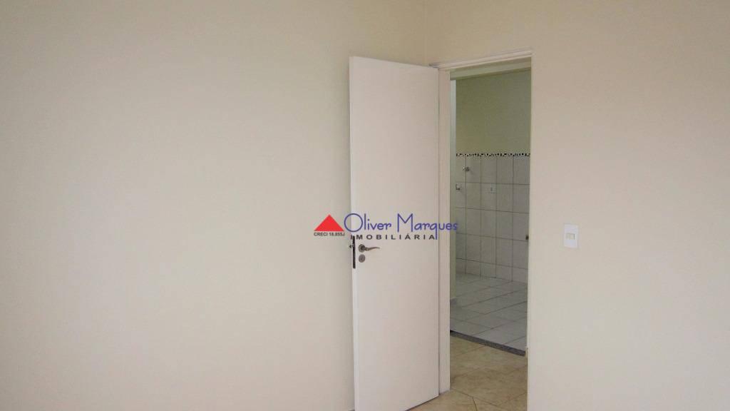 Apartamento com 2 dormitórios à venda, 46 m² por R$ 170.000,00 - Carapicuíba - Carapicuíba/SP