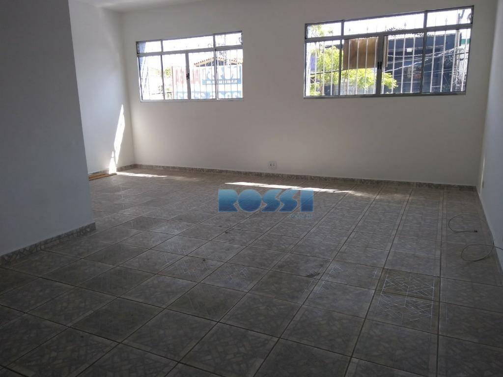 assobradado comercial 80 m² - mooca04 salas, cozinha, 02 banheiros, lavanderia e quintal. nos fundos possui...