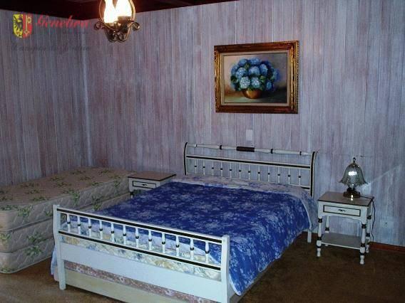 1 suite com lareira , sala de estar/jantar com lareira , sala de leitura, espaço gourmet...