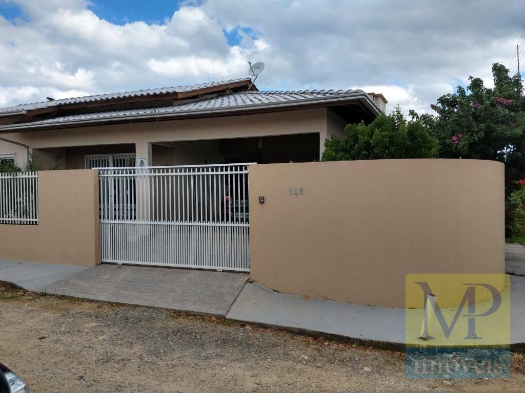 Casa com 3 dormitórios à venda, 130 m² por R$ 350.000 - Centro - Penha/SC