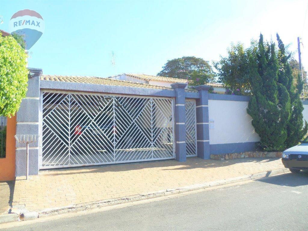 Casa com 3 dormitórios à venda, 280 m² por R$ 850.000  Rua Atibaia, 593 - Jardim Paulista - Atibaia/SP