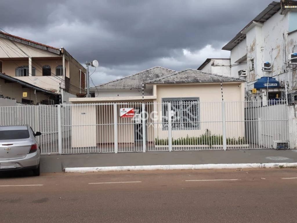 Casa com potencial para Comercial - Centro