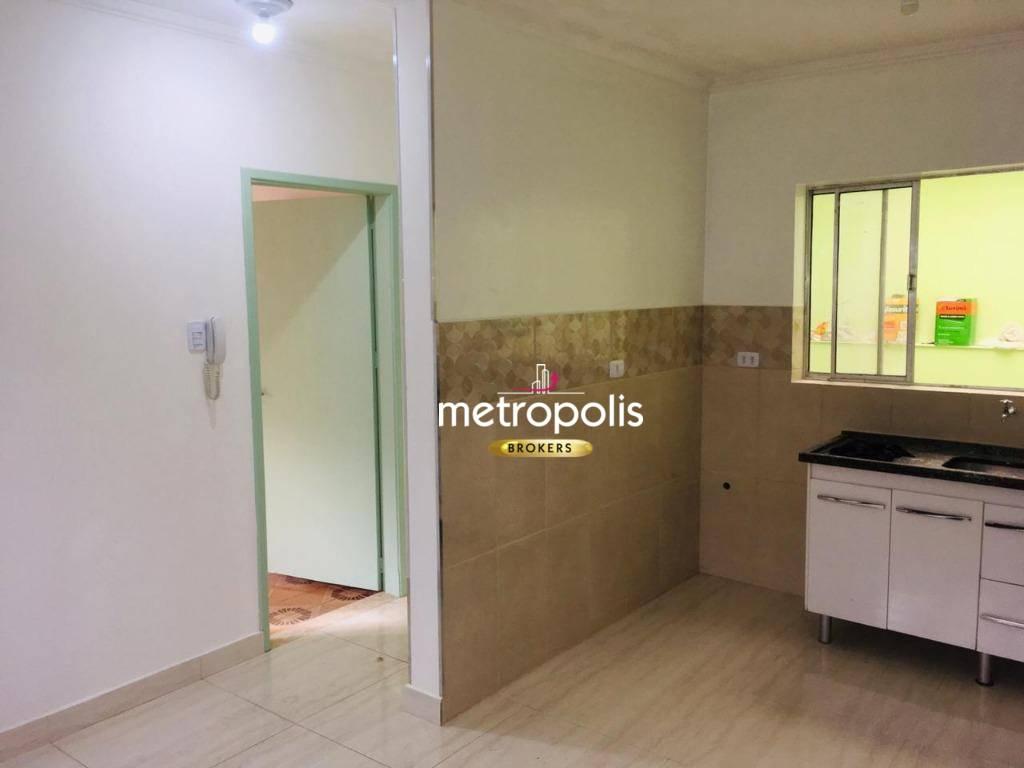 Sobrado com 3 dormitórios para alugar por R$ 1.600/mês - Santa Maria - São Caetano do Sul/SP
