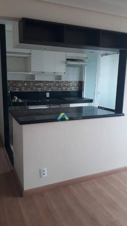 Lindo apartamento, com 3 dormitórios, 2 vagas no centro de Diadema com fácil acesso a comercios e principais avenidas.