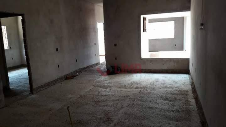 casa nova que necessita acabamento e pintura , com 3 dormitórios, sendo 1 suíte , sala...
