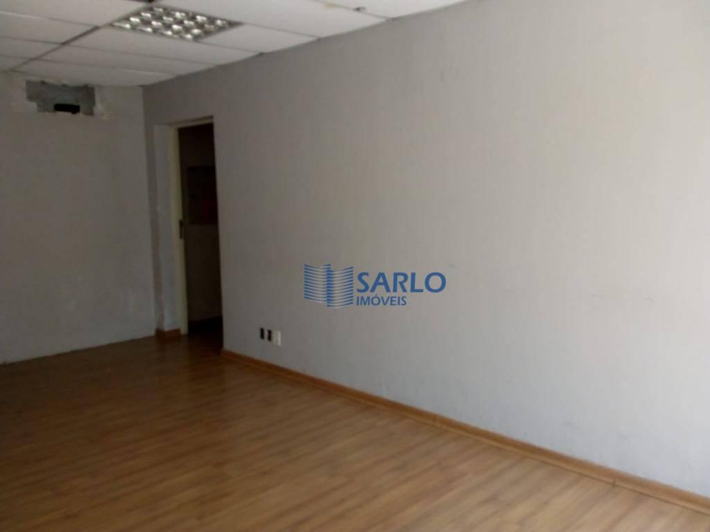 excelente prédio de esquina, com 620 m2 de terreno e 431m2 de área construída, sendo o...