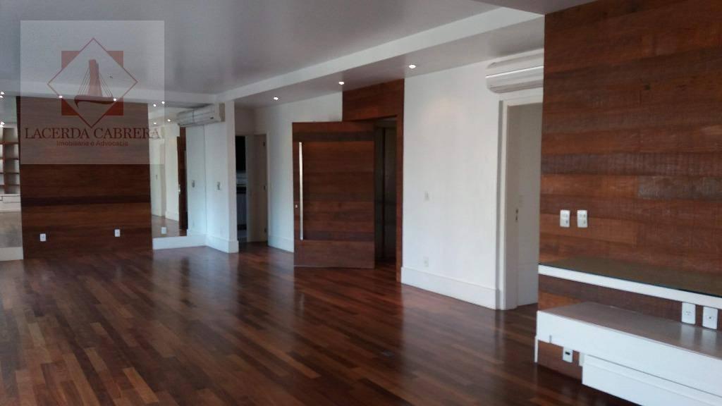 belíssimo apartamento à venda, localizado na melhor rua da vila andrade. 03 suites, 03 vagas, projeto...