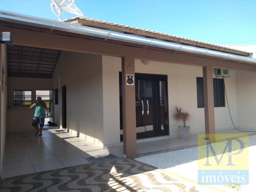 Casa com 2 dormitórios à venda, 250 m² por R$ 400.000 - Centro - Penha/SC