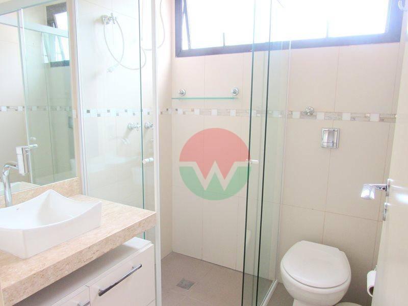 cobertura penthouse mobiliada para venda na praia da enseada em guarujá, sala ampla para 2 ambientes...