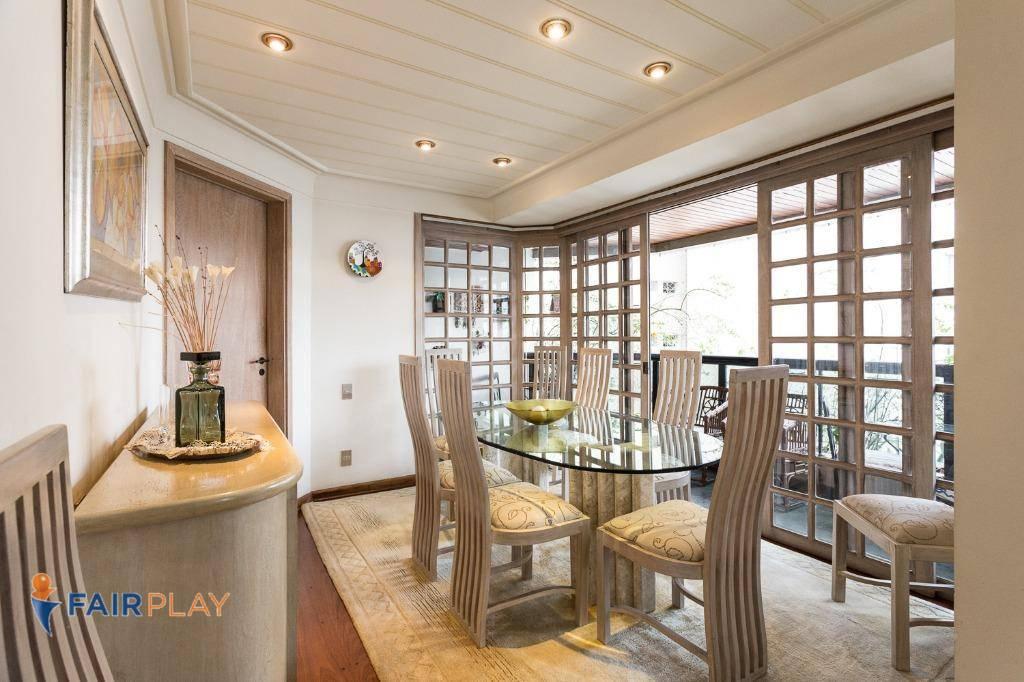 Apartamento 4 dormitórios 3 suites 2 vagas em Moema