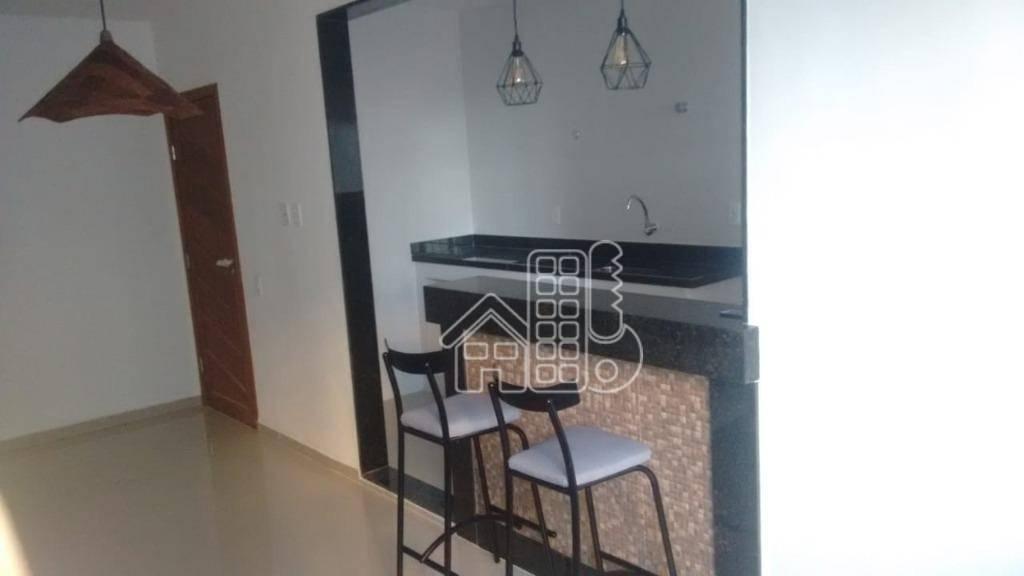 Apartamento com 2 dormitórios à venda, 52 m² por R$ 160.000,00 - Colubande - São Gonçalo/RJ