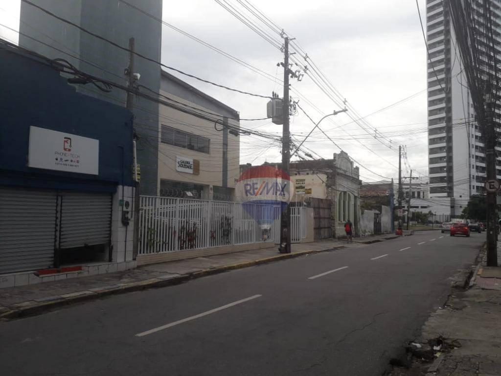 Sala comercial com vitrine pra rua da Soledade - Bairro Boa Vista
