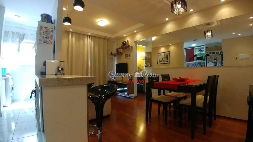 Apartamento com 2 dormitórios à venda, 50 m² por R$ 250.000