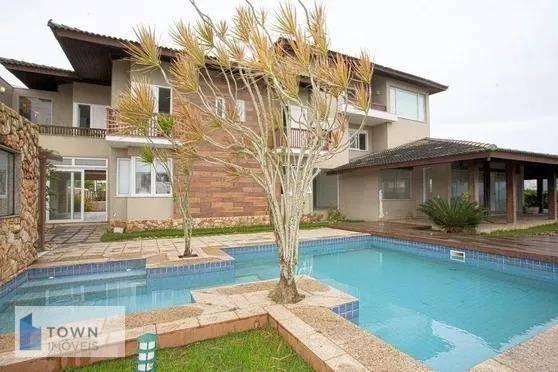 Casa com 8 dormitórios à venda por R$ 9.000.000 - Camboinhas - Niterói/RJ