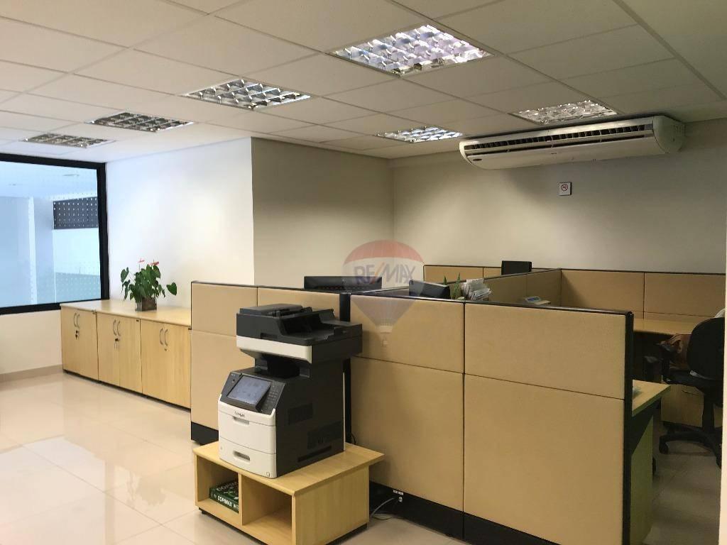 Prédio Comercial / Laje  para Alugar, 1200 m²