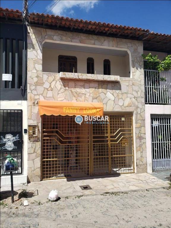 Casa com 3 dormitórios à venda, 140 m² por R$ 130.000 - Calumbi - Feira de Santana/Bahia