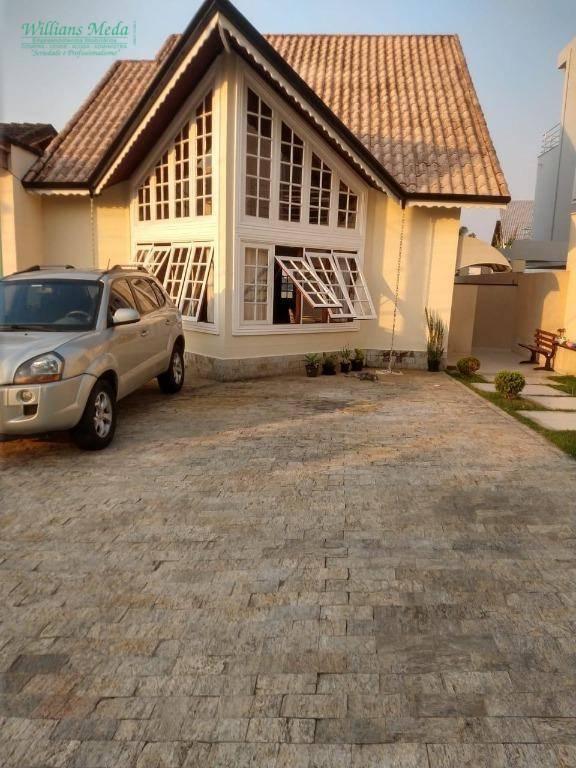 Sobrado com 3 dormitórios à venda, 120 m² por R$ 640.000 - Itapeti - Mogi das Cruzes/SP