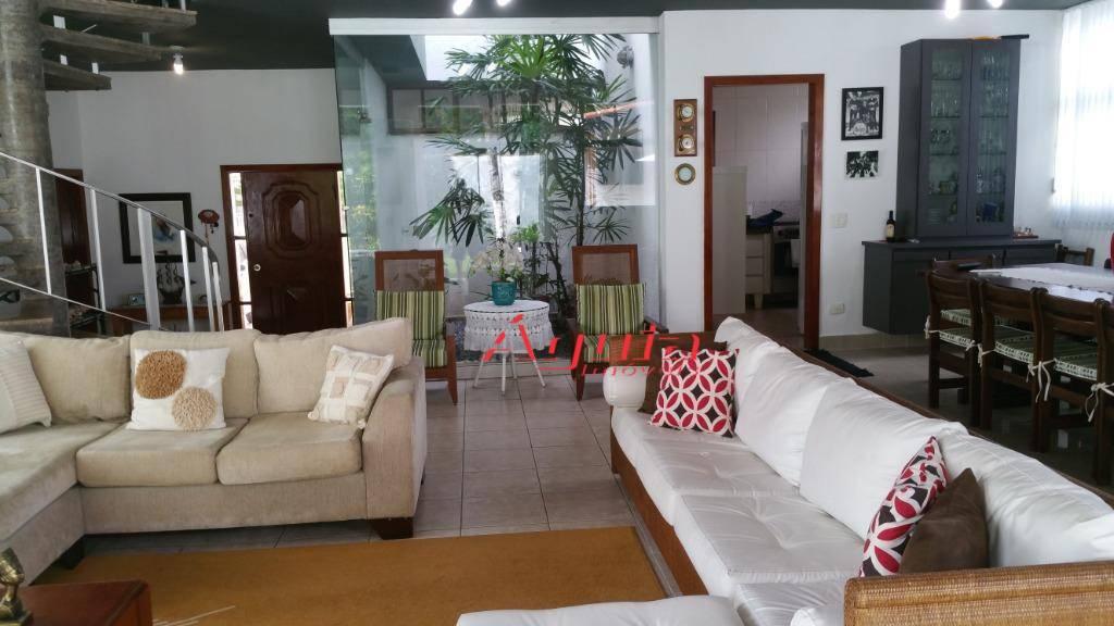 Sobrado residencial à venda, Jardim Virginia, Guarujá.