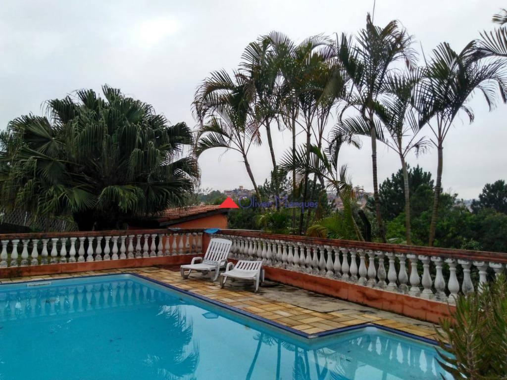 Casa com 3 dormitórios à venda, 200 m² por R$ 1.600.000 - Chácara Vale do Rio Cotia - Carapicuíba/SP