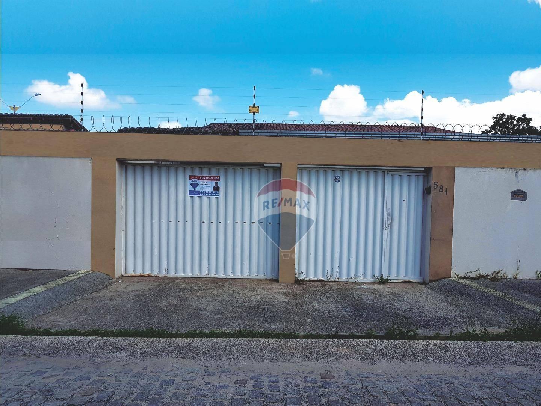 Casa com 4 dormitórios à venda, 270 m² por R$ 450.000 - Monte Castelo - Parnamirim/RN