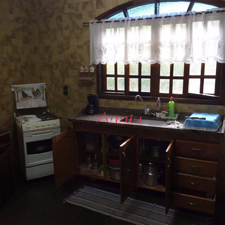 Casa com 3 dormitórios à venda, 100 m² por R$ 490.000,00 - Ipelândia - Suzano/SP