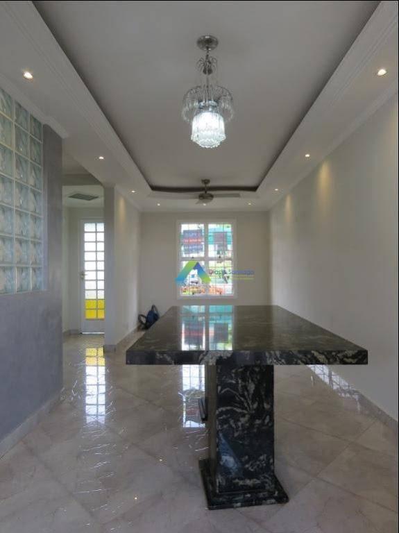 Sobrado com 3 dormitórios à venda, 62 m² por R$ 350.000,00 - Parque Villa Flores - Sumaré/SP