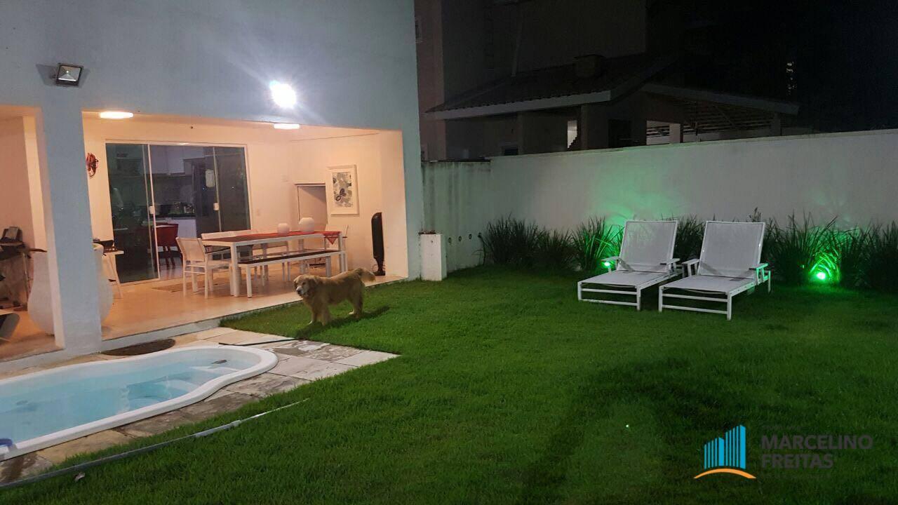 Casa em condomínio para Venda/Locação - Coaçu