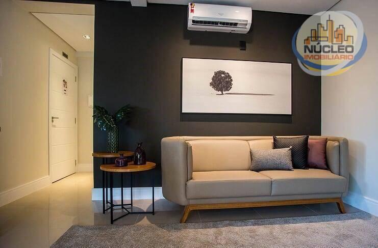 Apartamento com 2 Dormitórios à venda, 66 m² por R$ 349.987,46
