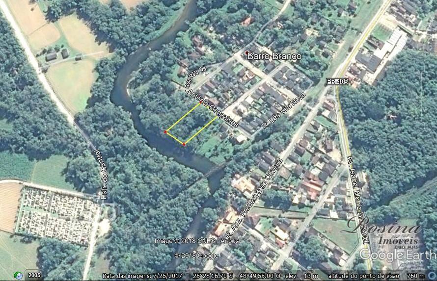 terreno com 3.056,00 m², todo plano, com poucas arvores, próximo ao centro, com fundos para o...