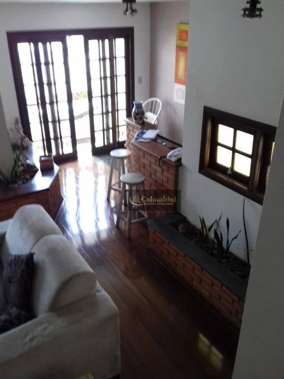 Sobrado com 3 dormitórios à venda, 400 m² por R$ 1.370.000