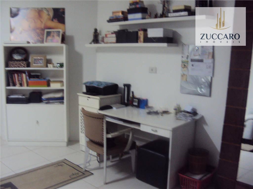Sobrado de 5 dormitórios à venda em Vila Rosália, Guarulhos - SP