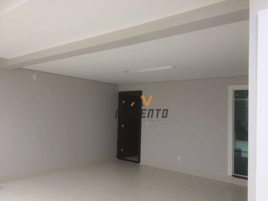 Sobrado com 3 dormitórios à venda, 140 m² por R$ 630.000 - Country - Cascavel/PR