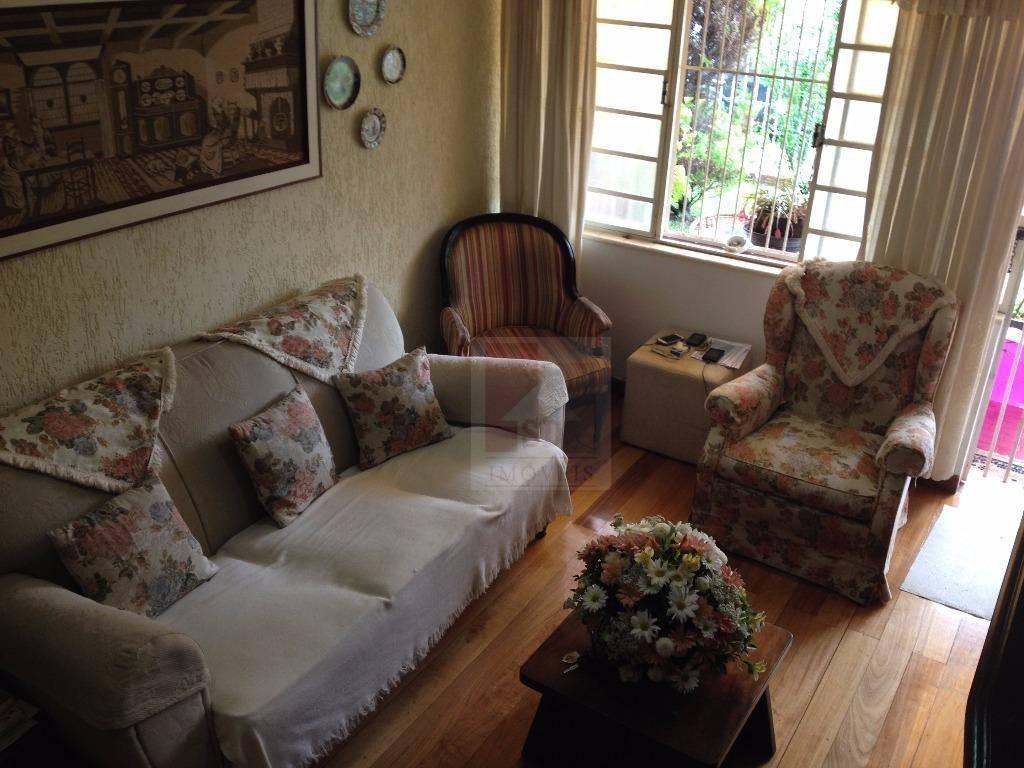 Casa à venda em Teresópolis, Agriões
