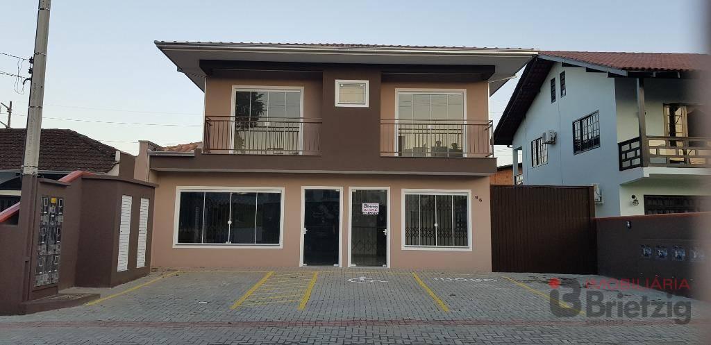 Sala comercial para alugar  no Bom Retiro - Joinville, SC. Imóveis