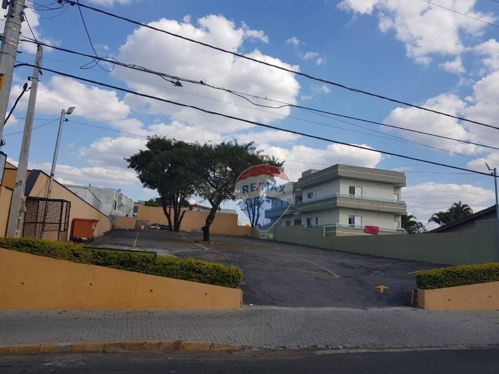 Apartamento com 3 dormitórios para alugar, 70 m² por R$ 1.900,00/mês - Jardim do Lago - Atibaia/SP