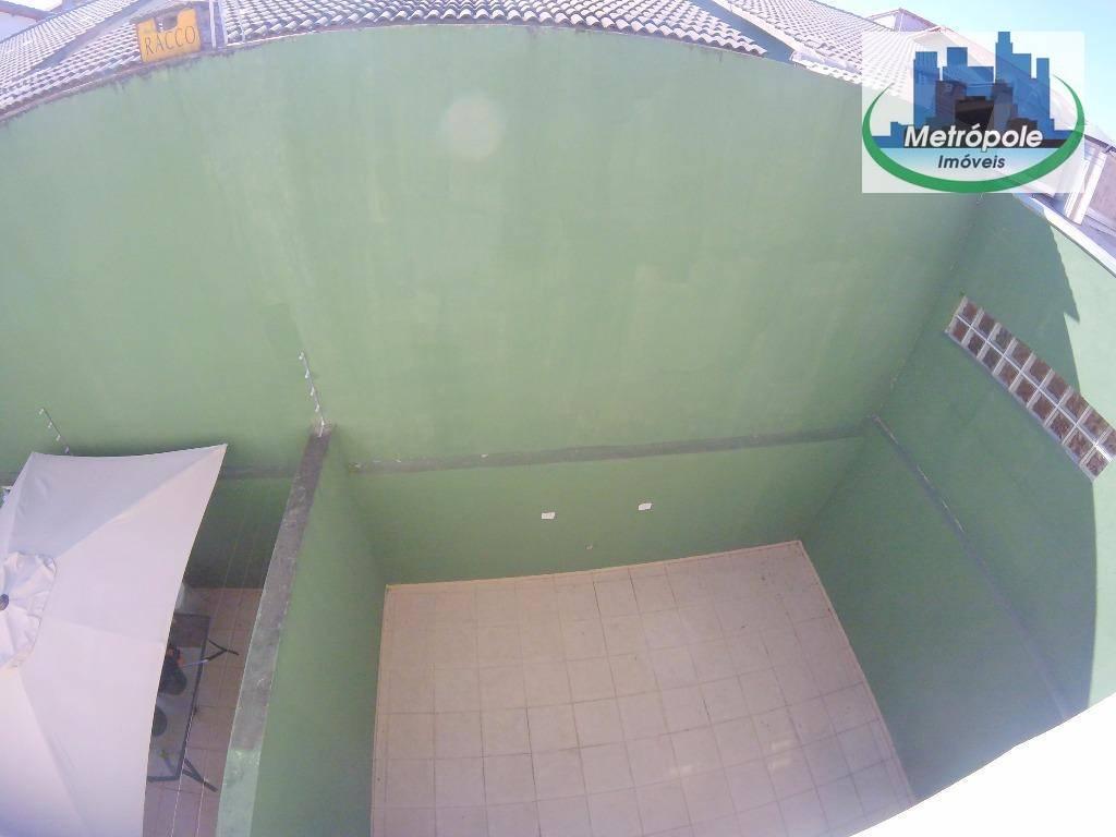 Sobrado de 3 dormitórios à venda em Jardim Santa Clara, Guarulhos - SP