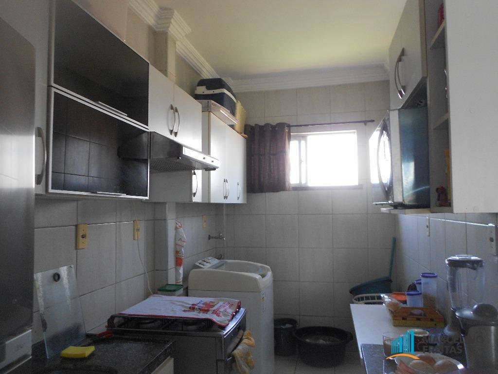 Apartamento à Venda - Antônio Bezerra