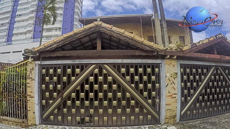 Sobrado com 4 dormitórios à venda, 180 m² por R$ 450.000 - Vila Guilhermina - Praia Grande/SP