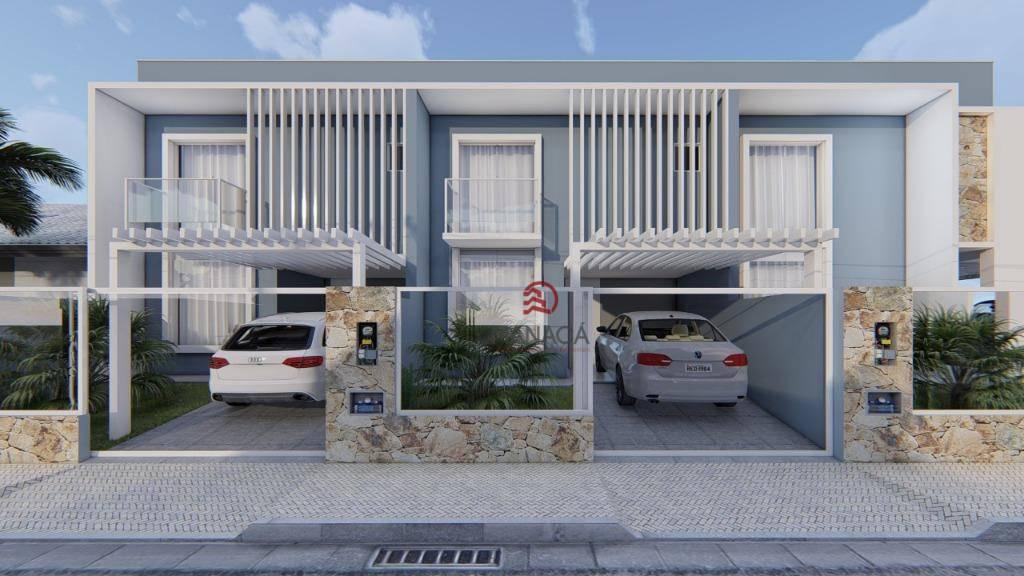 Sobrado com 3 dormitórios à venda, 82 m² por R$ 320.000 - Centro - Barra Velha/SC