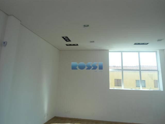 alugo sala comercial moocarua dos trilhosnova44m²condomínio: incluso água, luz e limpeza.