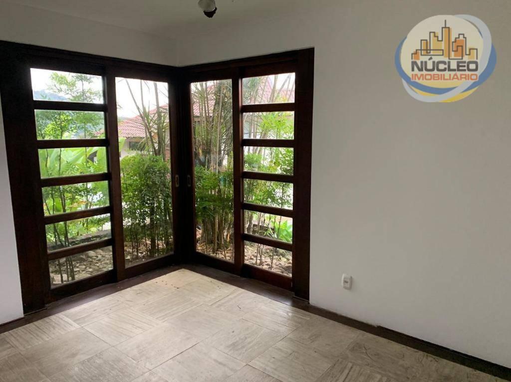 Casa em condomínio com 3 Dormitórios à venda, 367 m² por R$ 2.100.000,00
