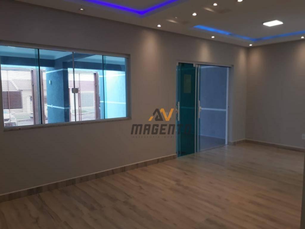 Casa com 3 dormitórios à venda, 160 m² por R$ 550.000 - Vila Tolentino - Cascavel/PR