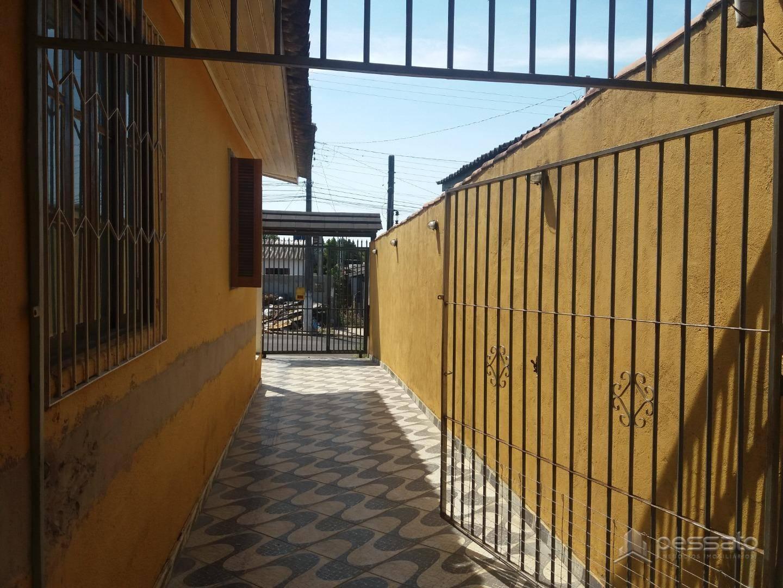 casa 3 dormitórios em Gravataí, no bairro Cruzeiro