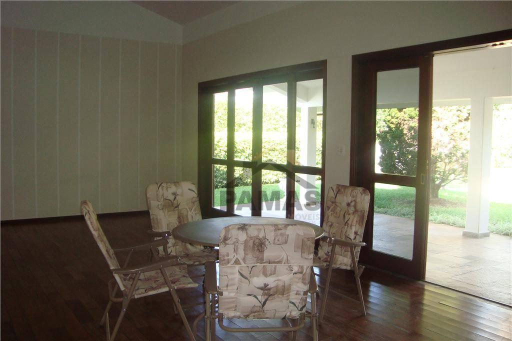 casa para venda e locação no condomínio são joaquim em vinhedo. são quatro dormitórios, sendo duas...